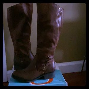 Baretraps Ornella Brush Brown Tall Boot Sz 7